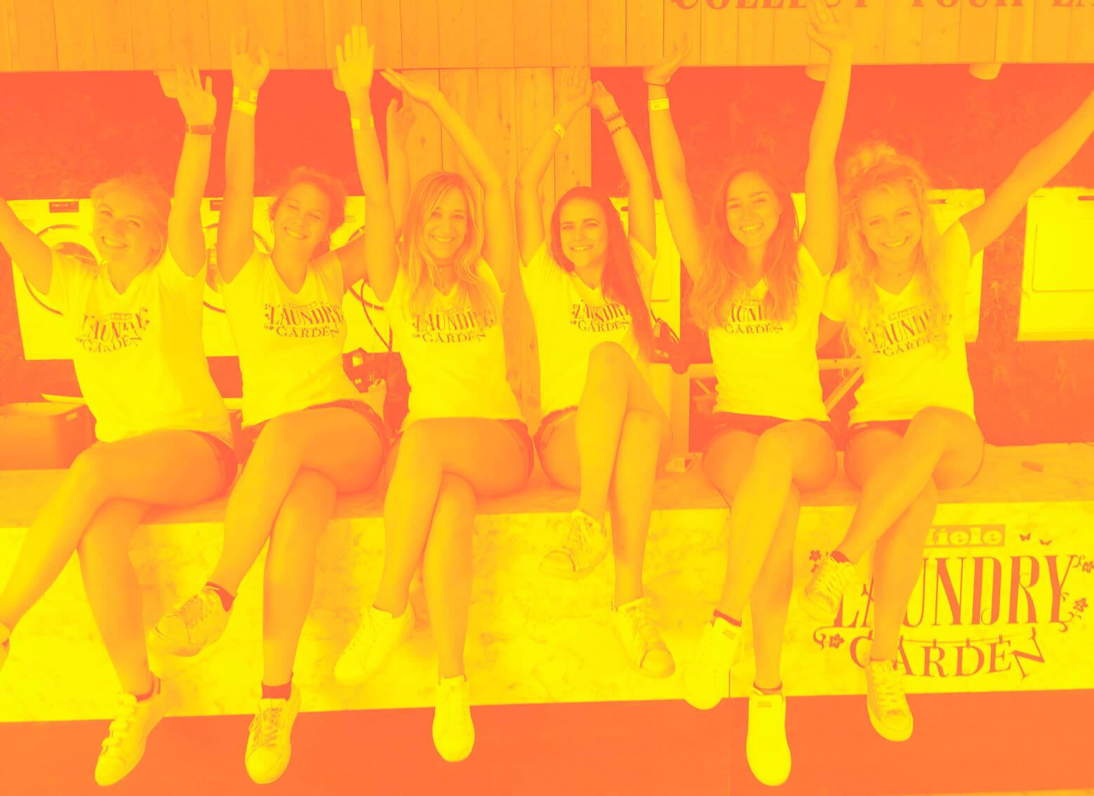 Promogirls op Tomorrowland